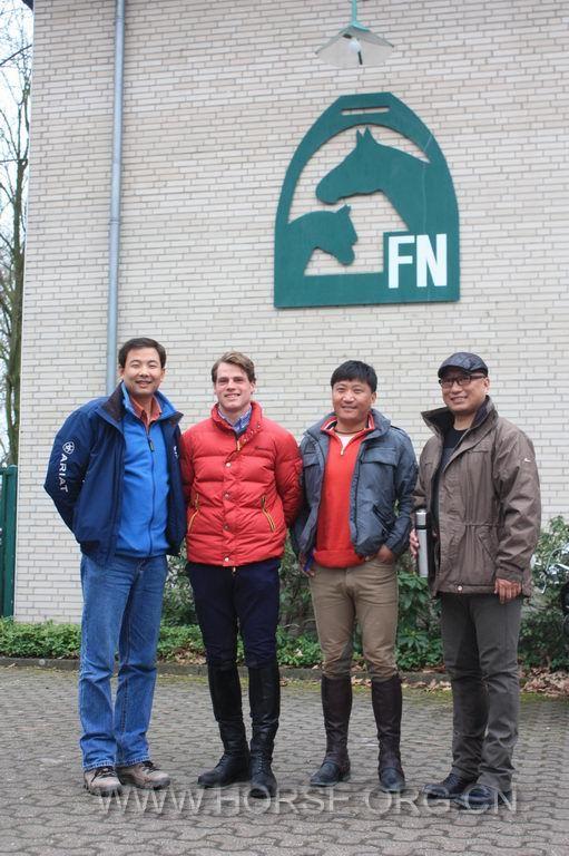西藏队赴德国参观学习