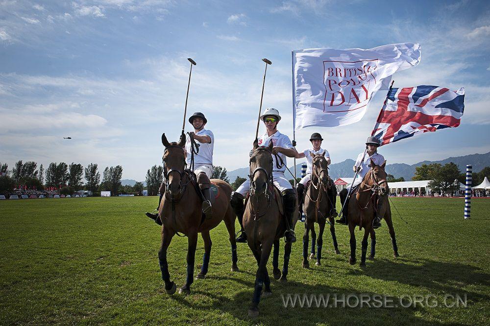 第五届英国马球日与全球合作伙伴路虎强势归来